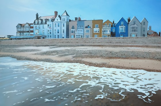Aldeburgh Beach III by Daniel Hutchings at the Saffron Walden Gallery